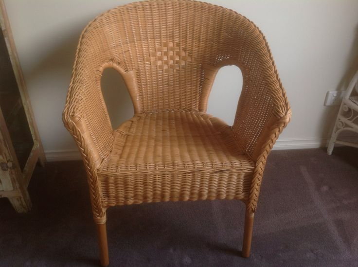 Natural pre-loved wicker chair. $24 SOLD