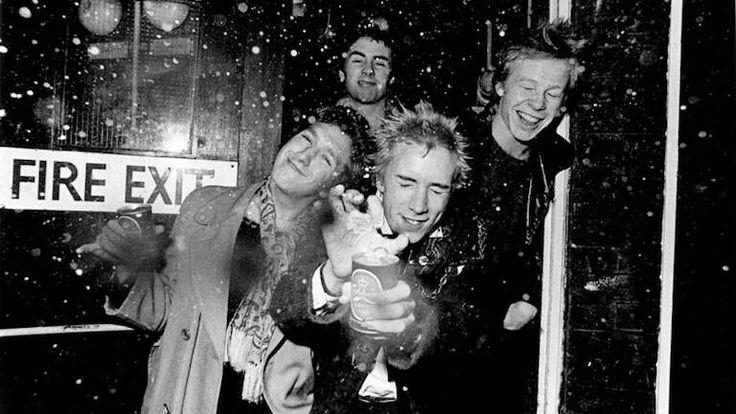 Sex Pistols' Glen Matlock To Play The Band's Hits On 2017 Australian Tour #sexpistols