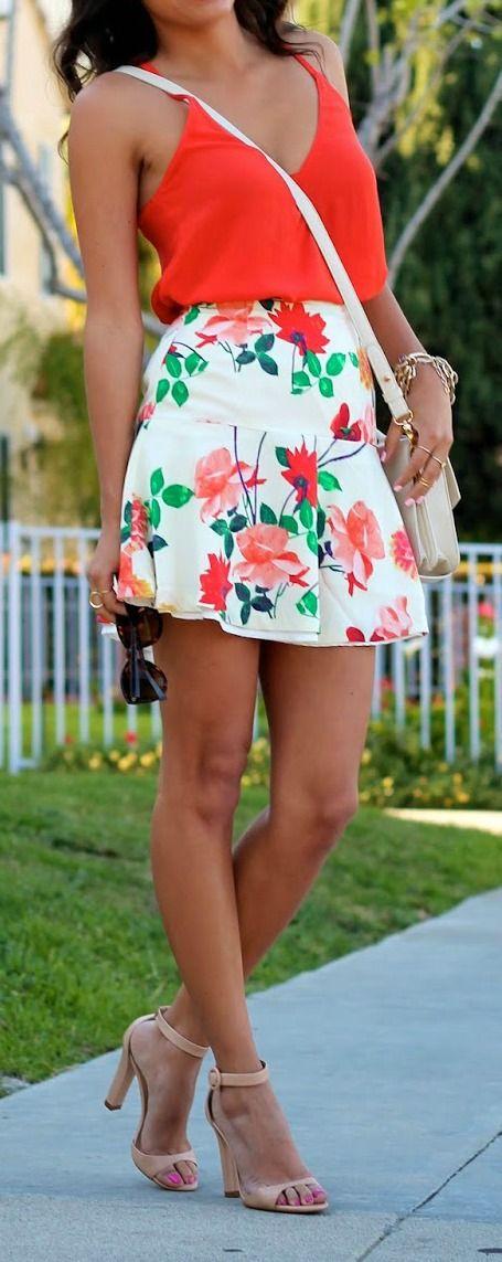 Flirty Floral Skirt #spring