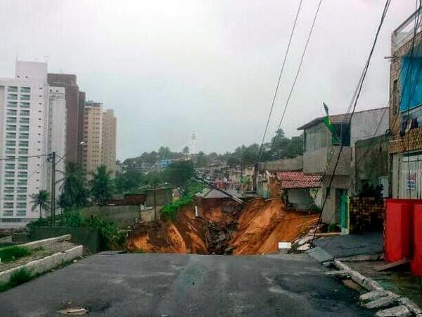 Landslide Hits Brazilian World Cup Host City Destroying Houses, Raising Questions About Security ~ Universal Science Compendium
