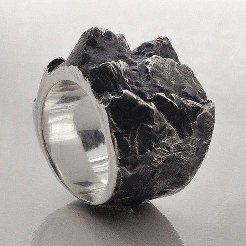 Elcho Falling Ring, Alicia Hannah Naomi     http://www.adlero.com