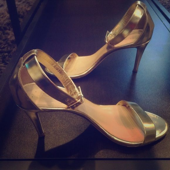 J Crew Gold Strappy Sandal Heel Only worn twice! Normally go for $100+ J. Crew Shoes Heels