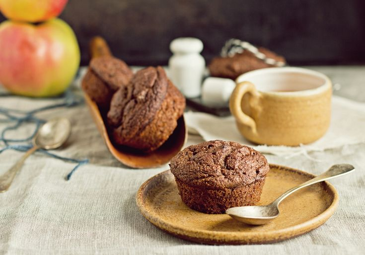 Zielenina: Przepyszne wegańskie muffinki daktylowo-jabłkowe (bez tłuszczu i cukru)