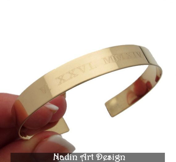 Datum Personalisiertes Goldarmband.Römische Ziffer von NadinArtDesign auf DaWanda.com
