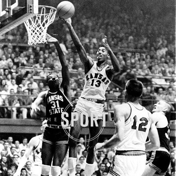 March Madness is nearly here! Most have Kansas at number one in the rankings right now. Who's your pick to win it all? . . #basketball #collegebasketball #ncaa #hoops #marchmadness #bracketology #sports #kansas #wiltchamberlain #prints #art #sportshistory #sportsphotography