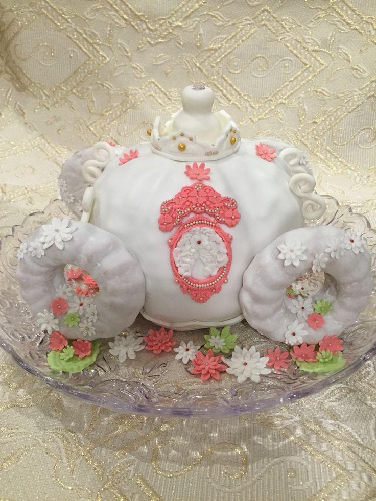 Торт карета