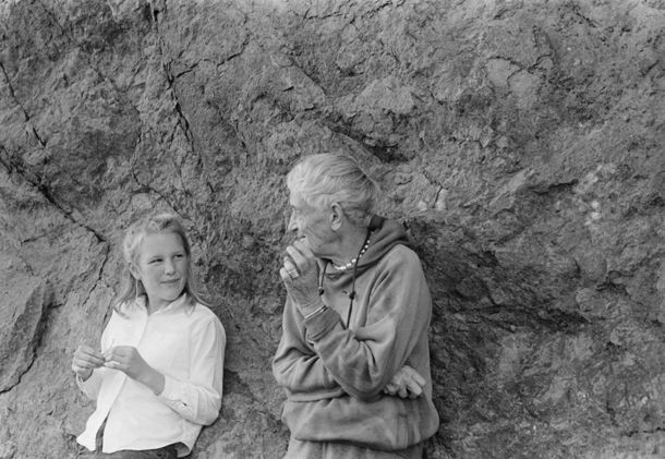 """American Masters – Dorothea Lange: Grab a Hunk of Lightning"" filmmaker and narrator Dyanna Taylor (left) with her grandmother Dorothea Lang..."