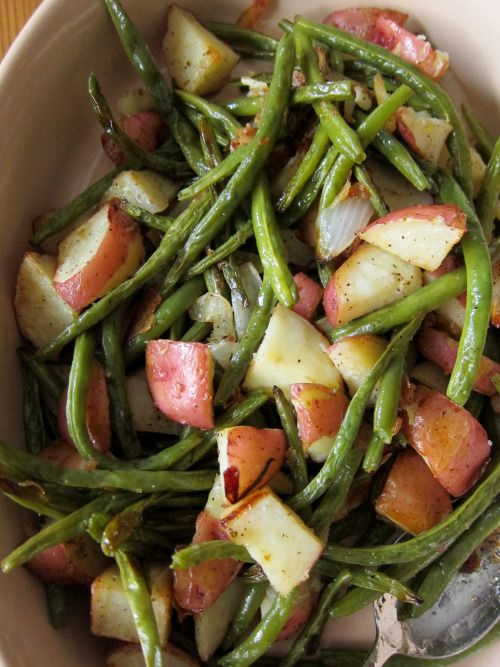 """8 oz. green beans cut in 2"""" pcs, 8 oz. red potatoes cut in 1/2"""" cubes, 1-1/2 TB. margarine, 1/4 tsp. salt, 1/8 tsp pepper, 1/8 tsp paprika.  Steam vegetables for 8 mins. Transfer to serving bowl and add remaining ingredients.  Sprinkle w/paprika."""
