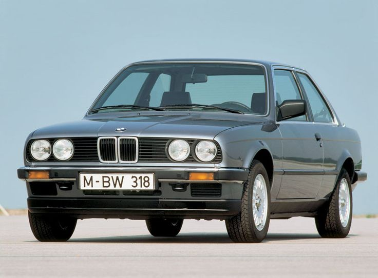 Review of BMW E30 318i (M10 & M40) ~ a dream car - I had one, but it was stolen :-(