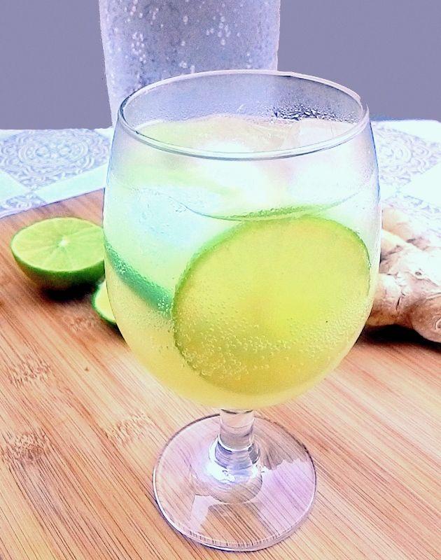 Refrigerante caseiro de gengibre e limão (Ginger Ale)