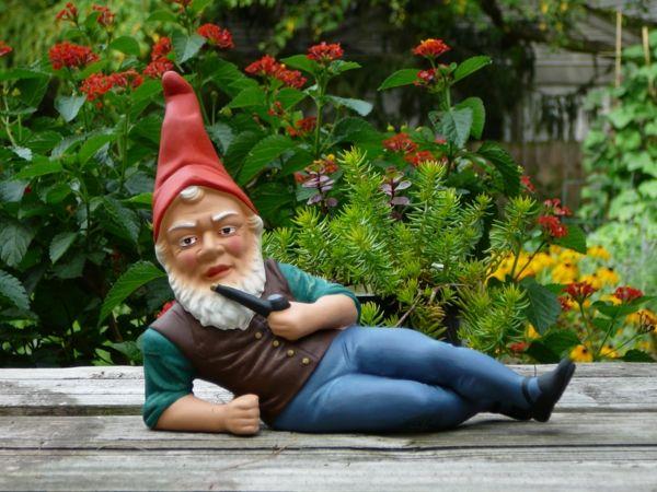 Choisir un nain de jardin pour la déco magique-clic sur l 'image