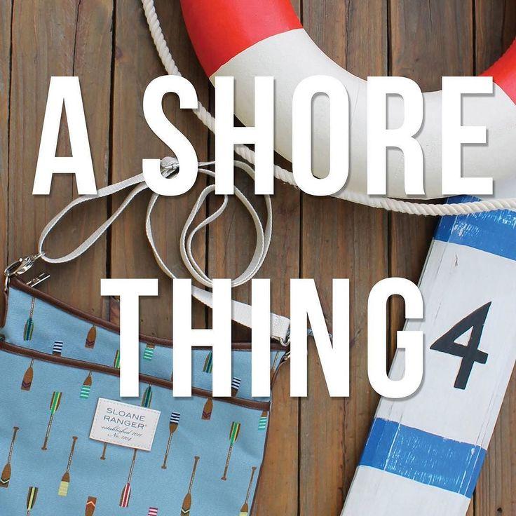 There's a free download up on the blog for your nautical-inspired gallery wall. Go get it! blog.sloaneranger.com . . . . . #sloaneranger #sloanestyle #fashion #instaprep #preppy #preppystyle #instastyle #modernprepgazette #preppythings #modernprep #instablogger #instafashion #fashionblogger #fblogger #nautical #aotd #ootd #stripes #duffel #spring2017 #dscolor #etsy
