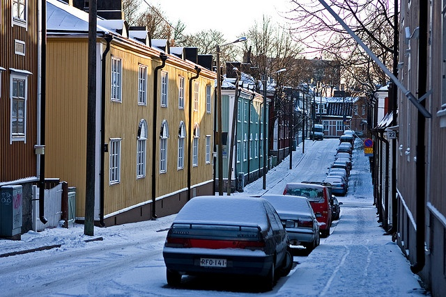 Wooden apartment buildings at Vanajantie (Vallila, Helsinki, Finland)