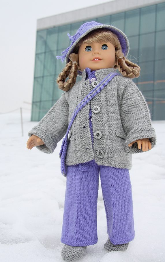 Free knitting patterns for Beanie Babies, American Girl Dolls, Barbies, Cabbage Patch, babies and children. These make great gifts too!
