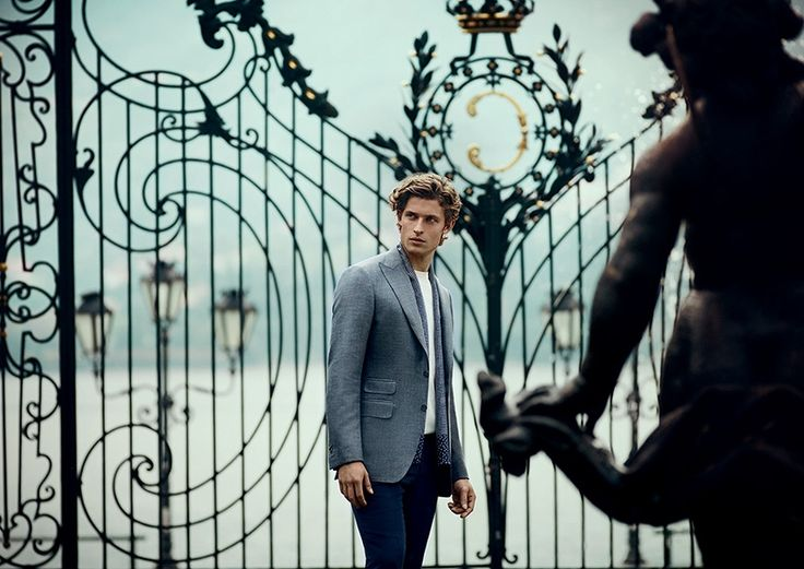 An amazing villa, on Como Lake, is the perfect location for Canali SS14 Adv Campaign #advcampaign #ss14 #canali1934