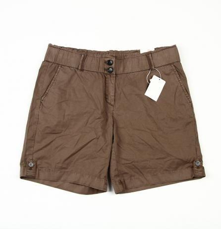 Pantaloni scurti de dama de la S.Oliver  Marime: XL Pret: 50 Lei