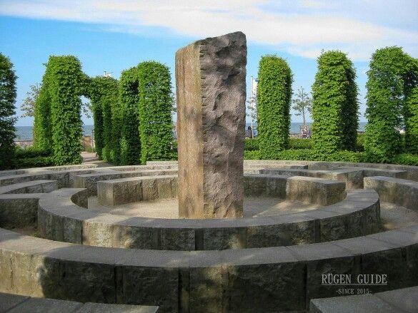 Insel Rügen - Göhren, Bernsteinpromenade mit Labyrinth