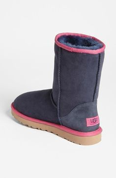 Repin It and Get it immediately! Snow Boots outlet #Ugg #Boots only $39.9 for Discount Black Friday, not long time Lowest Price