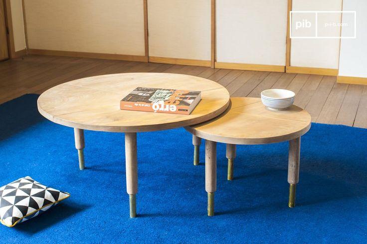 Il tavolo da caffè Messinki presenta diversi dettagli dorati che gli conferiscono originalità. Da un lato, le due linee di ogni ripiano tondo forniscono un effetto grafico, dall'altro, il finish dorato della parte inferiore dei piedi è tipico dello stile vintage degli anni 50.