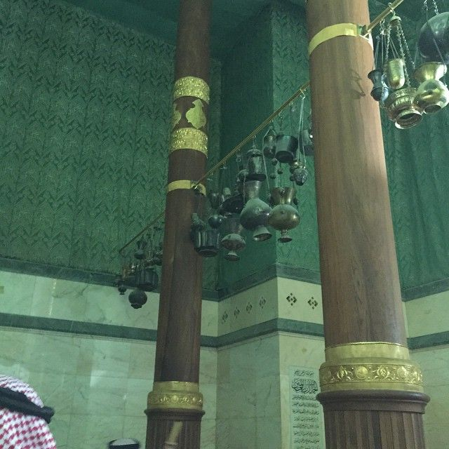 We may never get a chance to enter the Ka'ba but here are 8 photos from inside the Ka'ba for you to see.