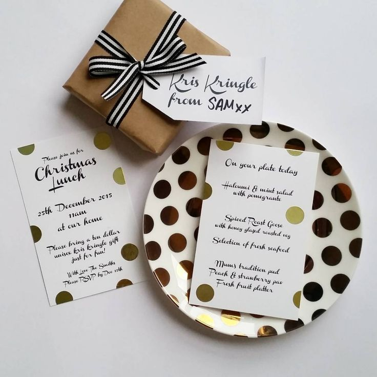 It's amazing what you can create with some Celebrate with Avery postcards & tags, and a box of gold dots! Something those who are not so design savvy can create, just print your type and use dots or washi to decorate. #MoreFestiveIdeas #CelebrateWithAvery #Avery #PrintablesLabels