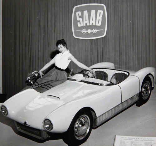 Saab Sonett Super Sport premiärvisades på Stockholms Bilsalong den 15 mars 1956, dagen innan utställningen öppnades för allmänheten.