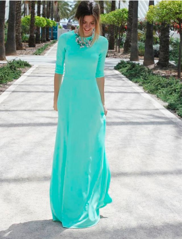 this is the prettiest maxi dress i have ever seen i want soooo bad!!!
