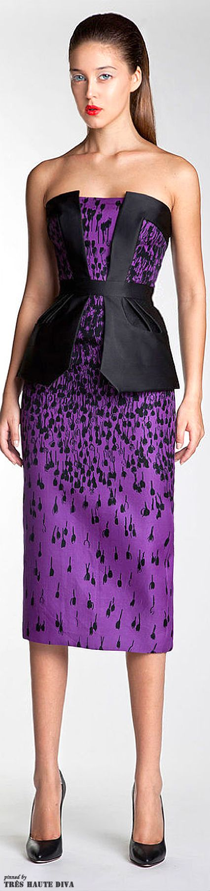 This dress looks like it has sperm all over it! Lol