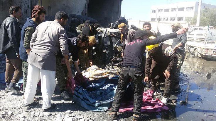 Suriye savaş uçakları sivilleri bombaladı: 15 ölü, 40 yaralı Suriye ordusuna ait savaş uçaklarının İdlib'in Ebu Zuhur beldesinde yakıt pazarını bombalaması sonucu 15 sivilin yaşamını yitirdiği, 40 kişinin de yaralandığı bildirildi.