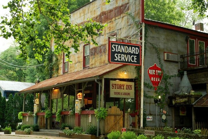 Find Gas Stations >> Vintage small town store...   Being Southern....   Old country stores, Old gas stations, Old ...
