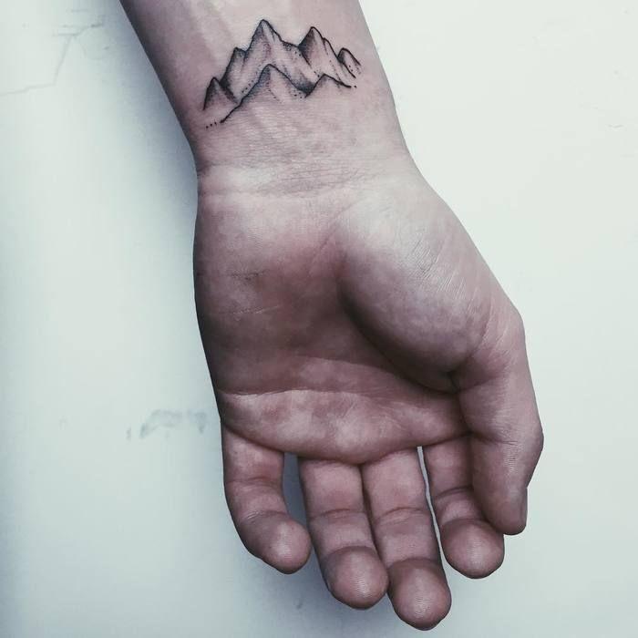 46 Magnificent Mountain Tattoo Designs – Seite 3 von 4