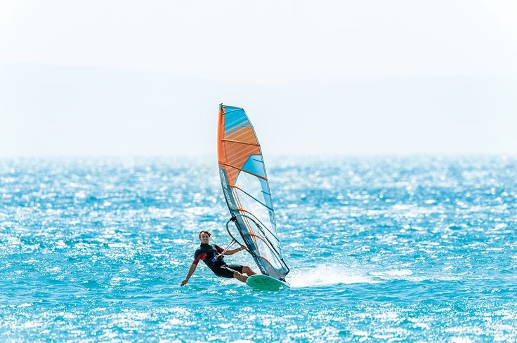 Sunray 2016: The Sunray amazes with powerful early planing, incredible top end speed and maximum control to the limits. #gunsails #Windsurfen #Segel #Tarifa