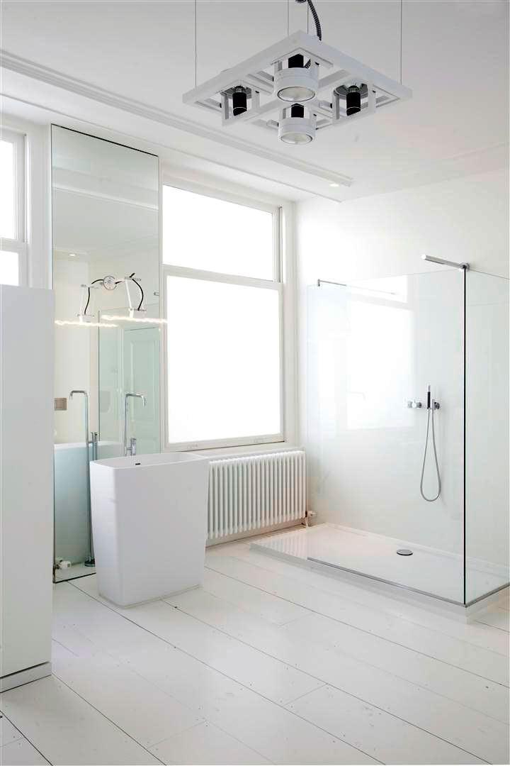 Glazen inloopdouche door vidre glastoepassingen | badkamer inspiratie