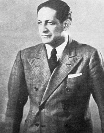 JORGE ELIÉCER GAITÁN  Adicional a esto fue congresista en varios periodos y candidato disidente del partido liberal a la Presidencia de la República para el periodo 1946-1950.  Su asesinato en Bogotá se produjo en 1948, hecho que causó enormes protestas populares conocidas como 'El Bogotazo'.