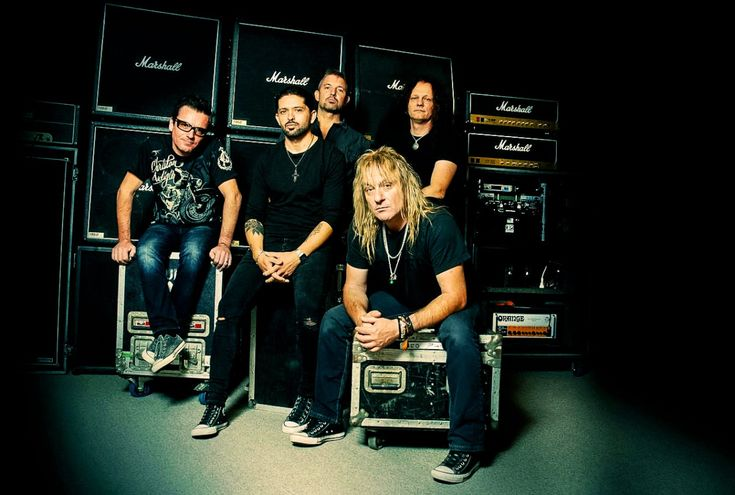 Coreleoni: El nuevo grupo con Leo Leoni (Gotthard) y Ronnie Romero (Rainbow)