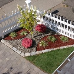 9 Best Images About Vinyl Fence Landscaping On Pinterest