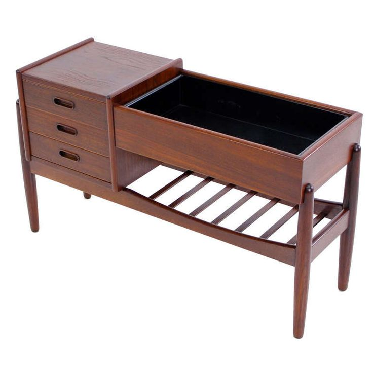 Danish Modern Teak Entry Piece W /Planter Designed By Arne Wahl Iverson
