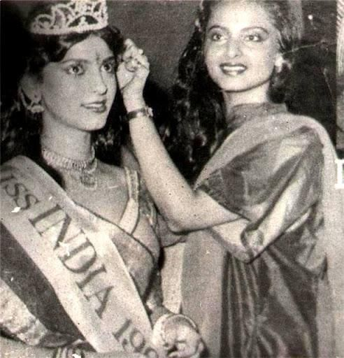 Juhi Chawla being crowned Miss India by Rekha
