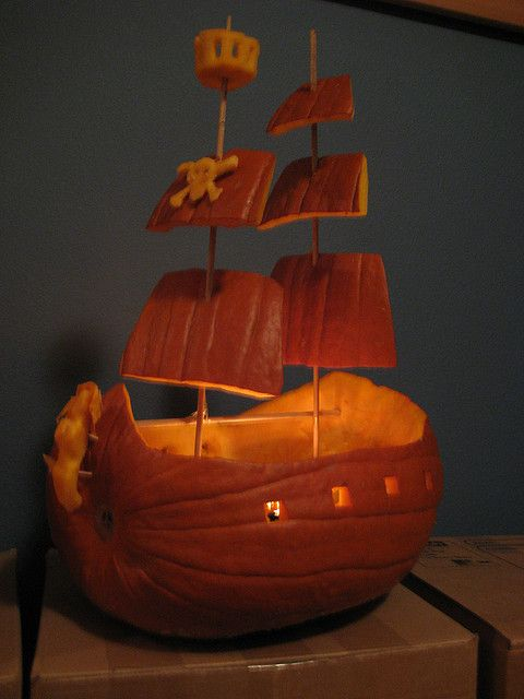 diy carved pirate ship pumpkin inspiration only no pattern or instructions - Pumpkin Halloween Decorations