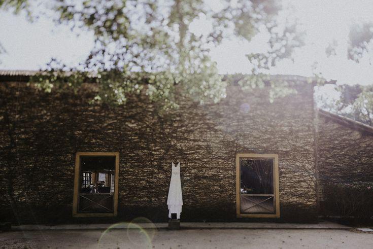 Estamos super felizes em iniciar a nossa semana compartilhando com vocês o lindo casamento da Priscila e do Felipe. Conhecemos a Priscila em nosso encontrinho de noivas, o Papo Lápis de Noiva – Especial Cerimônia de Casamento. Ela foi a noivinhasortuda que ganhou uma lua de mel da completa da Estilo K Viagens, e hoje ...
