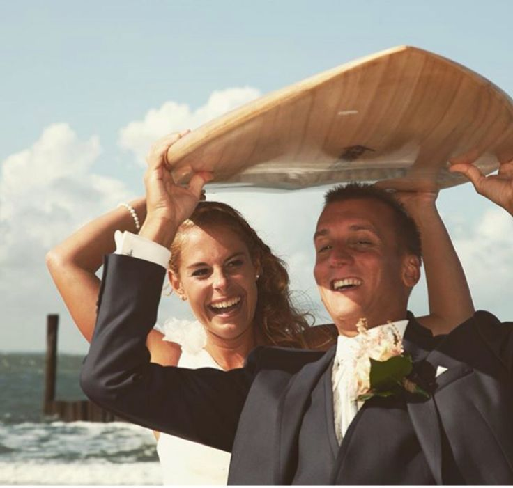 Wedding picture surf