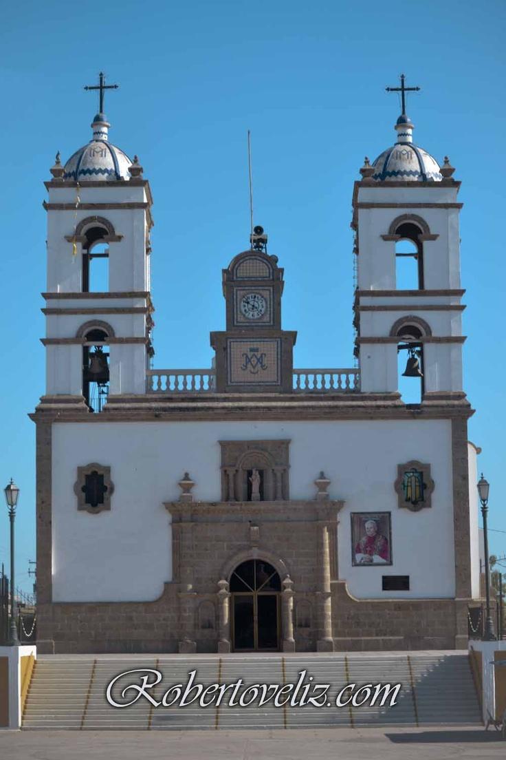 Iglesia del rosario guasave fotografias de bodas  eventos sociales  Roberto Véliz 6871301143 016878750585 fotoveliz@gmail.com