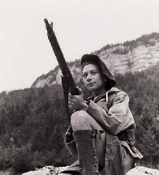 Nancy Wake: Miembro de La Resistencia francesa SOE. Muy operativa operativa, se convirtió en una pesadilla para La Gestapo. Fue la mujer más condecorada de Los Aliados en La Segunda Guerra Mundial.