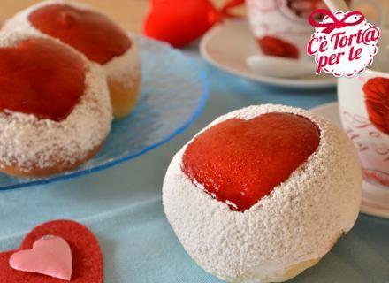 Bacini di #SanValentino... non c'è niente di meglio per esprimere i propri sentimenti...  Scopri la ricetta...