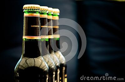 #bottle #drinks #delicious #beverage #shoot #chill #flask #alcohol #studio #background #cap #bottles #bottled #product #imported #drink #glass #refreshing #beverages #bubble #isolated #gold #beer #non-#alcoholic #shot #bar #party #tasty #celebration #row #golden #fresh