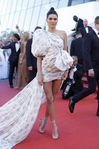 Kendall Jenner - Giambattista Valli Couture
