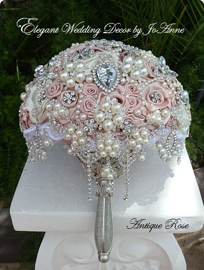 PINK BROOCH BOUQUET. Pink Vintage Style by Elegantweddingdecor