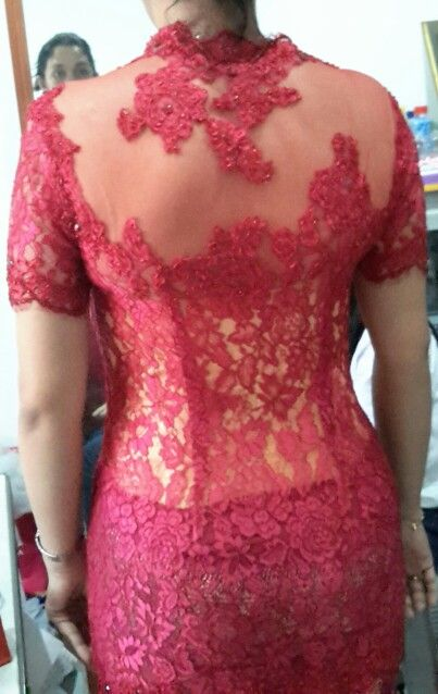 Kebaya#fitting1#lace#ChairaniToscalini#ctoscalini@gmail.com