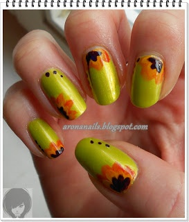 Funny Nails: Projekt Trendy - kwiaty