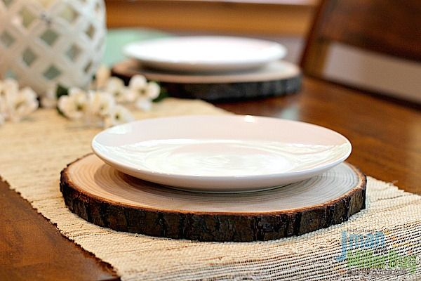 Diy Rustic Wooden Plate Chargers Mom Unleashed Rustic Charger Plates Rustic Plates Wooden Plates